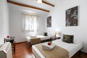 habitaciones espaciosas para alojarse en Málaga