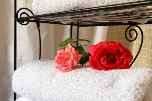 Toallas y ropa de cama limpias